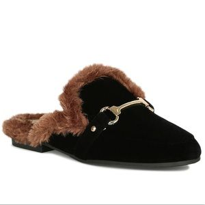 Ladies Black flat mules with fur details